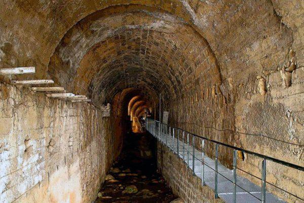 Visita a la Bóveda del río Cerezuelo
